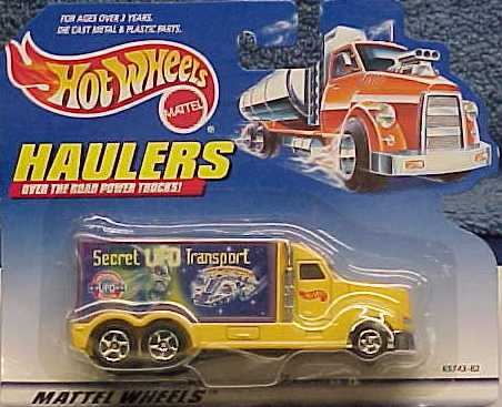 Hot Wheels UFO Transport 1