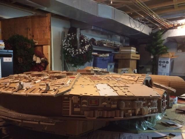 Cardboard Falcon 08