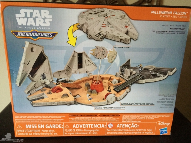 star-wars-the-force-awakens-millennium-falcon-micromachines-playset-080615-002