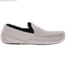 2017-hot-sale-men-slippers-ugg-millennium-falcon-ascot-8691146-10955-625x638_0