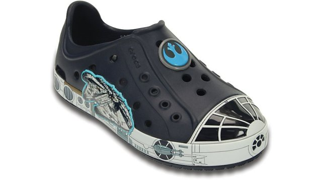 crocs-bump-it-millennium-falcon-navy-angle_1024x1024