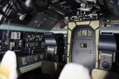 Papercraft Millennium Falcon cockpit 06