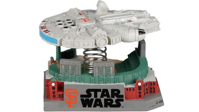 San-Francisco-Giants-Giants-Millennium-Falcon-Bobble